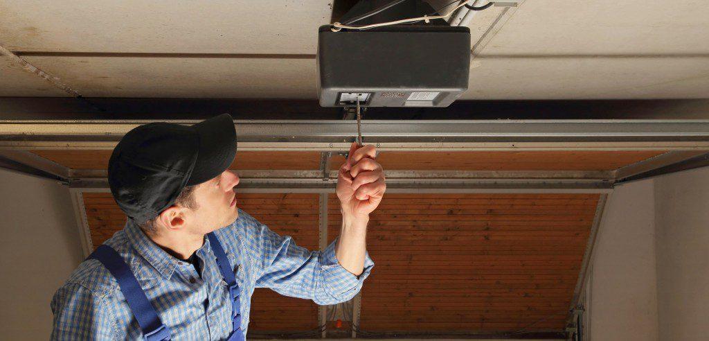 Top Secret Tips On How To Care For Your Garage Door Doormatic