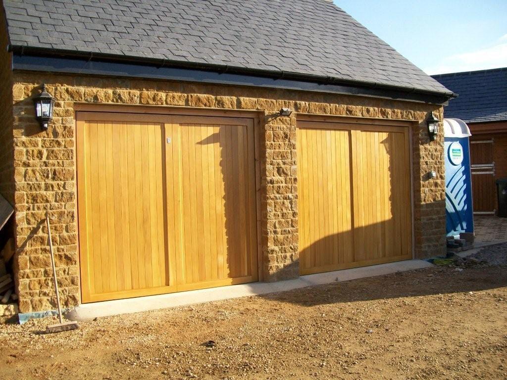 Cardale timber doors culworth northamptonshire for 10 x 11 garage door