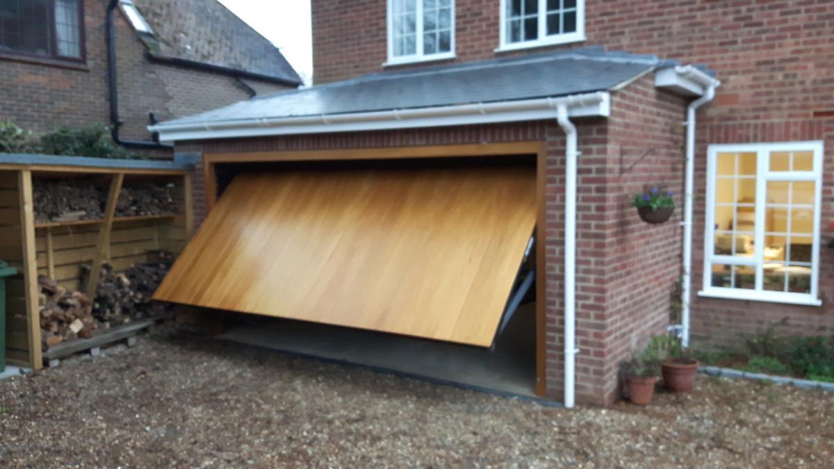 Woodrite Idigbo Thames Leatherhead Doormatic Garage Doors