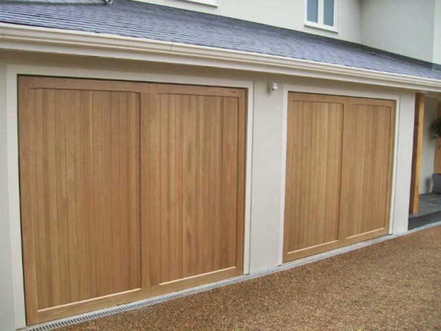 Cardale Euro Oak Doors Leatherhead Surrey Doormatic Garage Doors