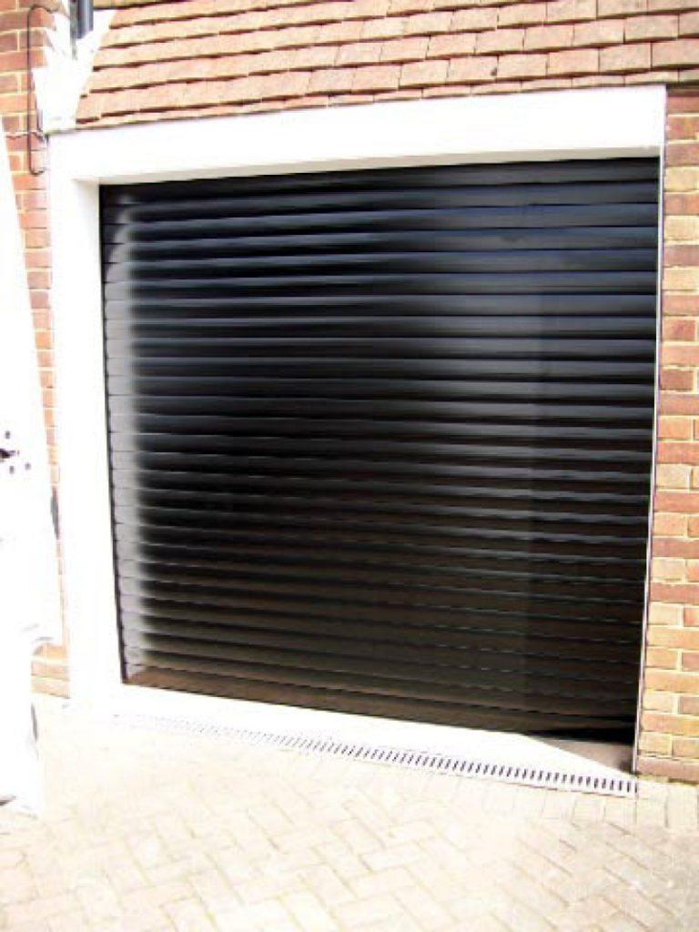 Seceuroglide Roller Door Doormatic Garage Doors