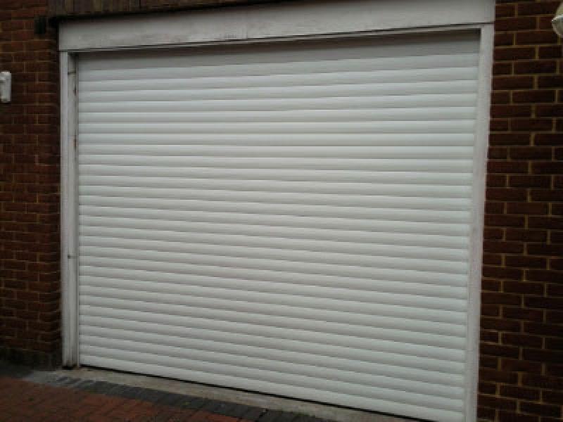 Cardale Thermaglide Roller Door Ealing London | Garage Door Portfolio | Doormatic Garage Doors & Cardale Thermaglide Roller Door Ealing London | Garage Door ...