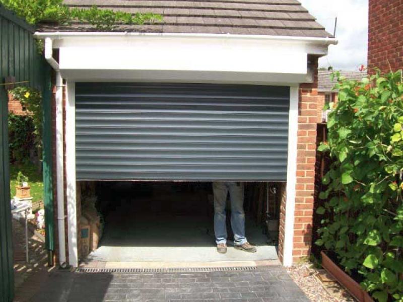 Cardale Thermaglide Roller Garage Door Fleet Hampshire Doormatic